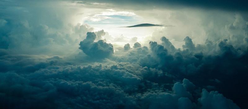 https://pixabay.com/photos/sky-clouds-dark-cloudscape-690293/